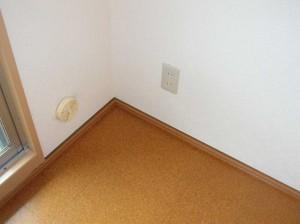 リビング隣の洋室