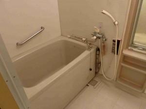 既存の浴槽廻り