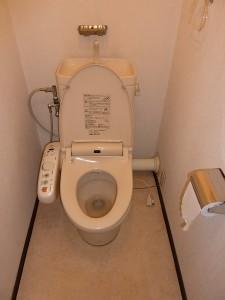 トイレ交換前。