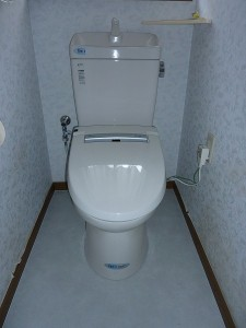 INAXのトイレセット。