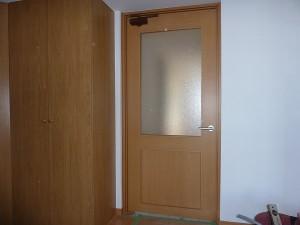 廊下に新設ドア。