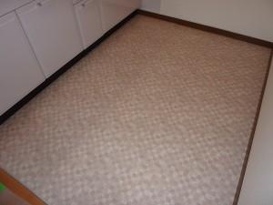 キッチンの床も張替え済み。