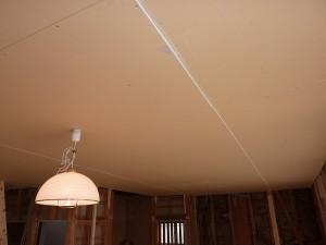 元々の和室方向の天井下地。