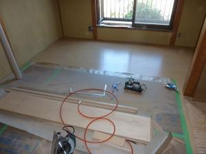 2階の和室も床が仕上がり。