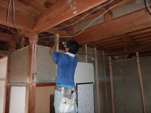 洋室になる前の下地工事。
