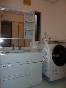 洗濯機が入り。。。