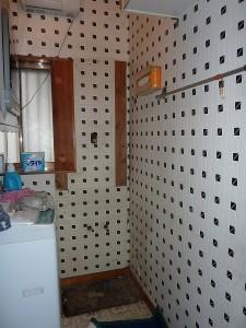 洗面台の下台取外し。。。