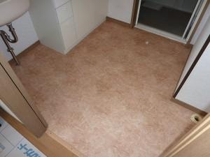 洗面室の床クッションフロアも。。。
