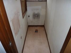 1階トイレの床は。。。