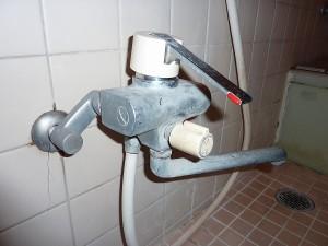 約15年使用のシャワー水栓。