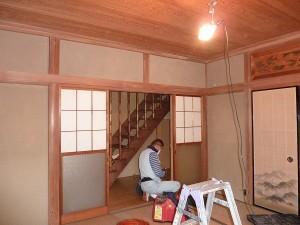 和室壁紙下地工事着工前。
