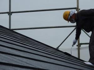 屋根は溶剤フッ素塗料にて。